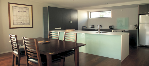 Two Bedroom Kitchen - Go Kiwi Platinum